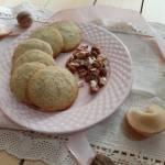 Ciasteczka weselne z orzechami włoskimi