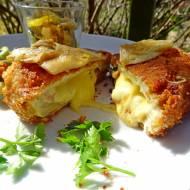 Kotlety z boczniaków nadziewane serem, a'la de volaille