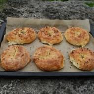 Mozzarella i mąka migdałowa, czyli keto bajgle!