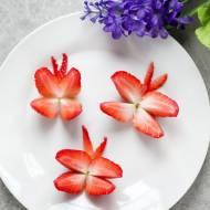 Przekąski dla dzieci – motyle z truskawek