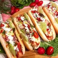 Hot-dogi z surówką Colesław