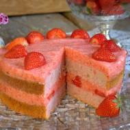 Ciasto truskawkowe z truskawkami