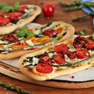 Pizzerinki ze szparagami