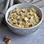 Surówka z selera (z orzechami i rodzynkami)