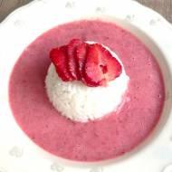 Ryż na mleku z koktajlem truskawkowym
