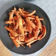 Pieczone marchewki w marynacie orzechowo-cynamonowej