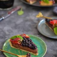 Tarta z kremem czekoladowym, truskawkami i jagodami!