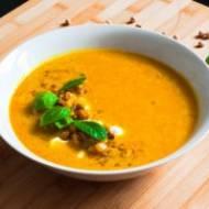 Orientalna zupa z ciecierzycą