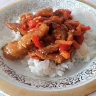 Kurczak Czarownicy w sosie azjatyckim