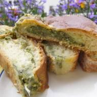 szpinakowo-czosnkowe z mozzarellą drożdżowe ciasto...