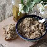 Pasta z fasoli i suszonych śliwek