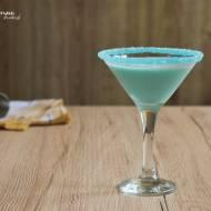 Smerfetka - przyjemny, kobiecy przepis na drink z nutką kokosa