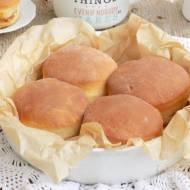 Bułeczki ,,niby pączki'' z piekarnika z masą krówkową