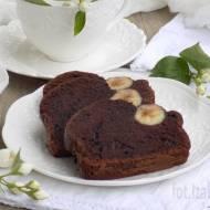 Mocno kakaowe ciasto z bananami