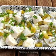 Sałatka z ziemniaków i kiszonych ogórków do grilla