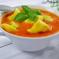 Zupa pomidorowa z tortellini + film