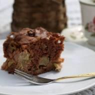 Ciasto cynamonowe z jabłkami i rabarbarem