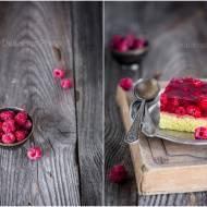 Ciasto anyżkowe z galaretką i malinami / Anise cake with jelly and raspberries