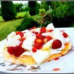 Pożywny fit omlet z owocami