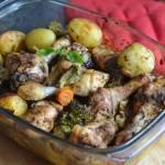 Zapiekane pałki z kurczaka z warzywami