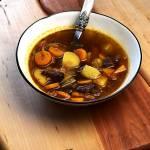 GULYÁSLEVES – węgierska zupa gulaszowa