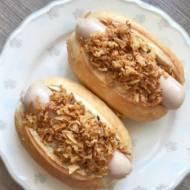Hot dogi śniadaniowe w bułkach pszennych