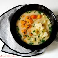 Zupa kalafiorowa z batatami- wegeteriańska