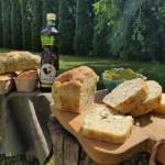 Oliwne chlebki z rukolą i cukinią