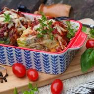 Gołąbki z kaszą gryczaną, boczkiem, szpinakiem, suszonymi pomidorami i serem korycińskim