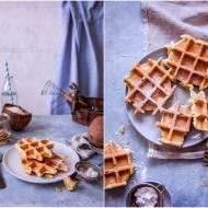 Gofry kokosowe / Coconut waffles