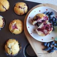 Błyskawiczne muffinki z jagodą kamczacką.