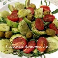 Sałatka z rukolą i warzywami