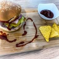 Domowy burger BBQ