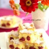 Szybkie ciasto z wiśniami.