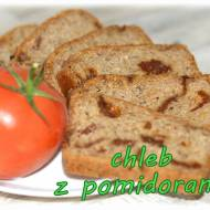 Chleb pszenny z suszonymi pomidorami