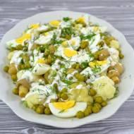 Sałatka z kalafiorem, marynowanymi pieczarkami, jajkiem i zielonym groszkiem + film
