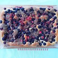 Drożdżowe ciasto z borówkami