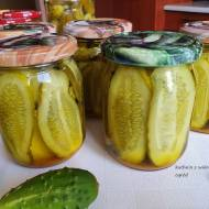 Ogórki kanapkowe z kurkumą na zimę. Domowe przetwory.