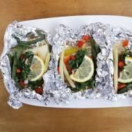 Ryba w folii z sosem chimichurri / Chimichurri Baked Fish