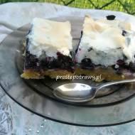 Ciasto z jagodami  i pianką bezową