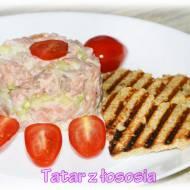 Tatar z łososia z majonezem