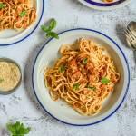 Spaghetti bolońskie z tofu