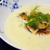 Kremowa zupa z selera naciowego i orzechów