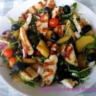 Sałatka z grillowanych warzyw z serem halloumi