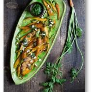 Smażona marchewka z nasionami anyżu i pesto z natki marchewki