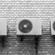 Jak ochłodzić mieszkanie bez klimatyzacji?