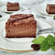 Sernik czekoladowy.