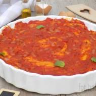 Naleśniki zapiekane z tuńczykiem i sosem pomidorowym