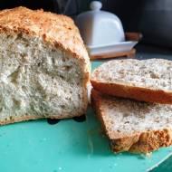 Chlebek z płatkami owsianymi i chia
