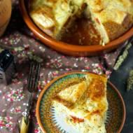 Muffinkowa zapiekanka z białymi kiełbaskami